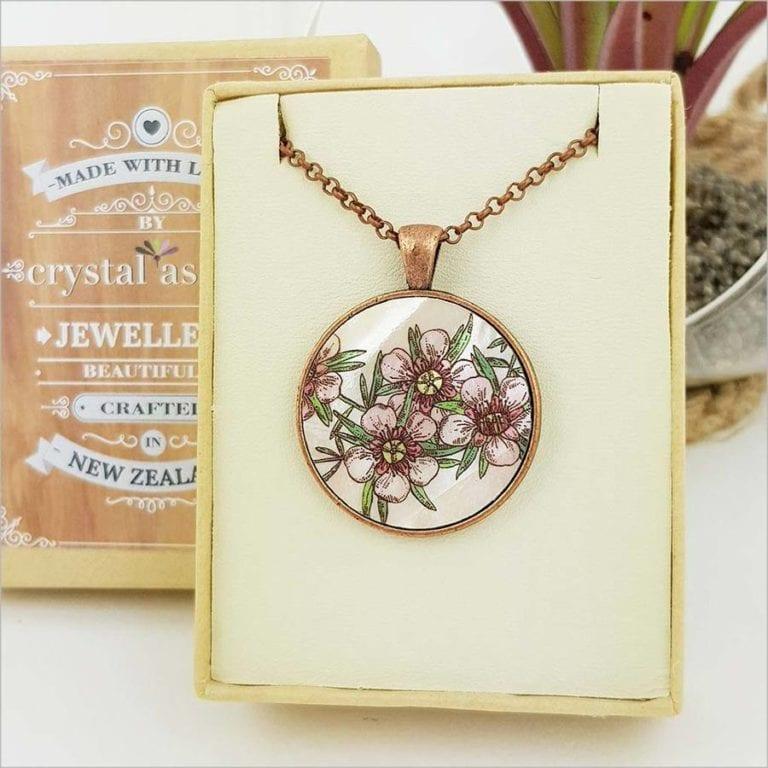 Crystal Ashley - Circle Necklace - Manuka