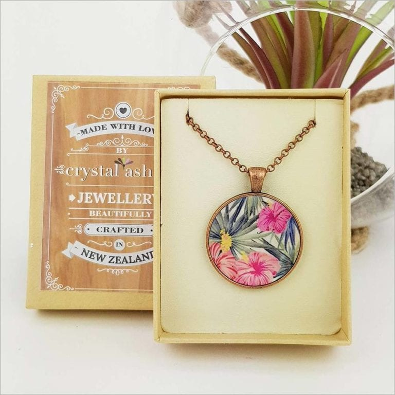 Crystal Ashley - Circle Necklace - Hibiscus